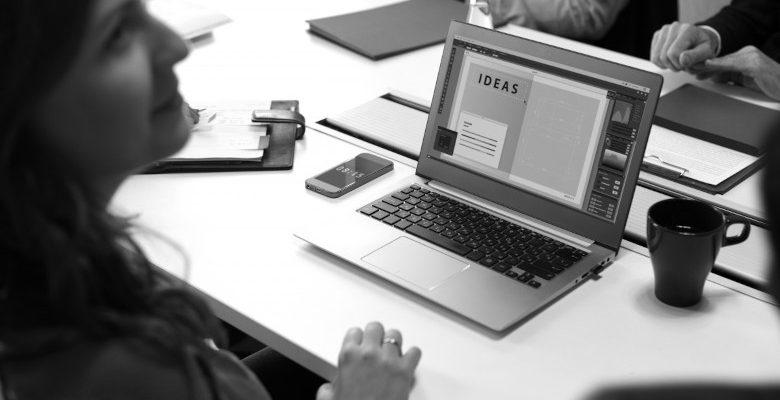 Mise sous pli : qu'en est-il de son externalisation pour les entreprises ?